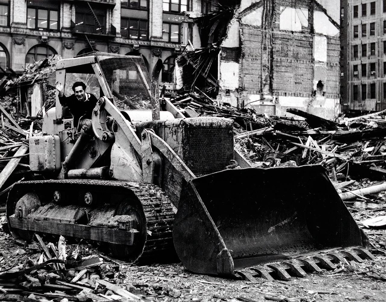 Frampton_24_507-bulldozer_1281