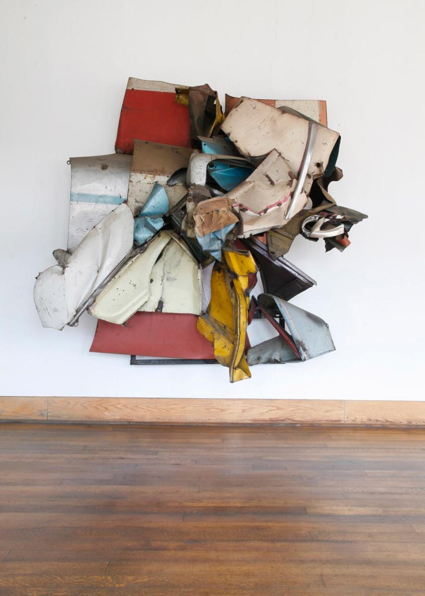 John Chamberlain, Mr. Press , 1961, crushed automobile parts, paint, fabric. Image: Mauricio Alejo. Image © Judd Foundation