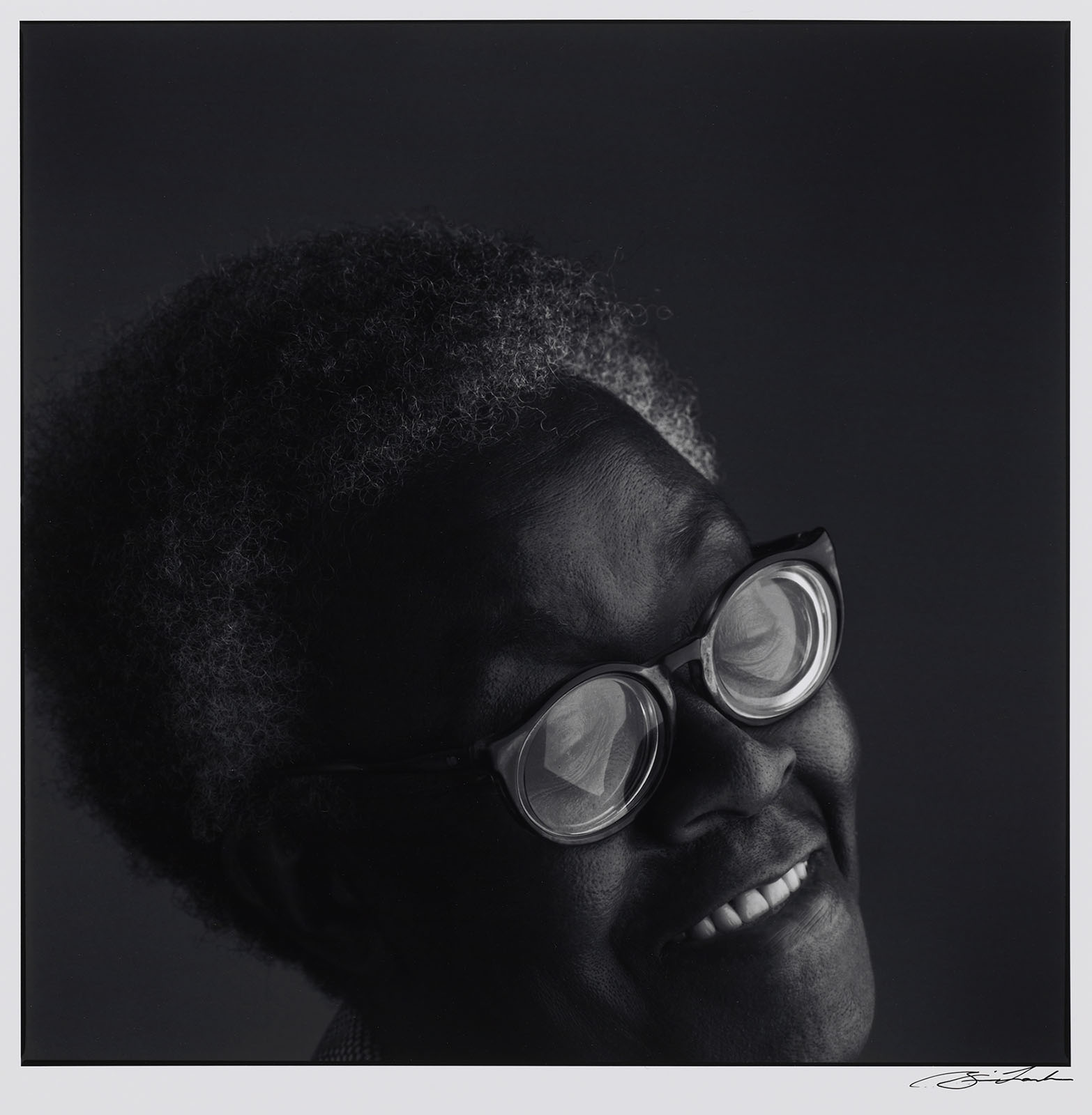 Brian Lanker, Gwendolyn Brooks, 1987–88, from the series I Dream a World. Harvard Art Museums/Fogg Museum, Schneider Erdman Printer's Proof Collection, partial gift, and partial purchase through the Margaret Fisher Fund, 2011.287.